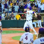 LSU wakes up the echoes with late homer rally for 7-6 win over Notre Dame in season opener