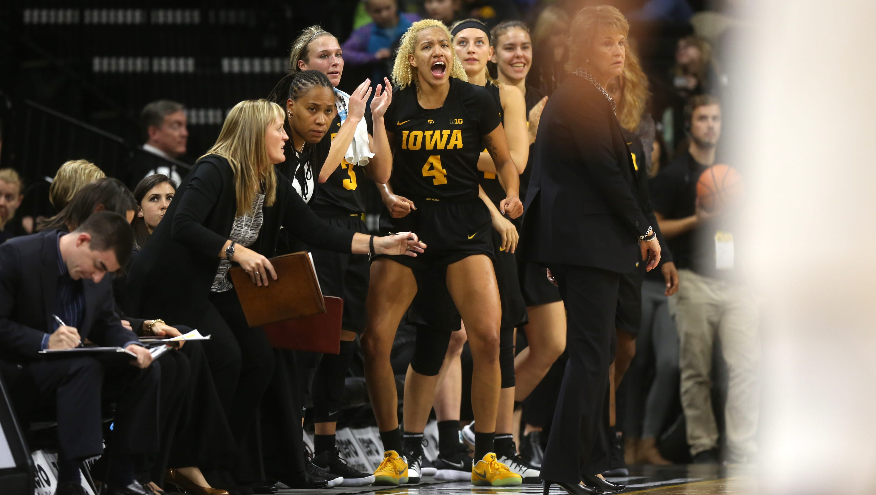 636475864191187077-171129-01-iowa-vs-florida-state-womens-basketball-ds