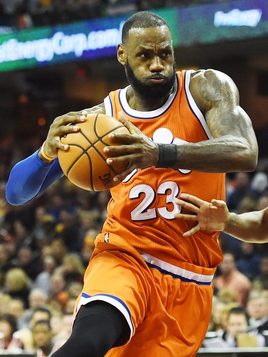 2016-12-09 LeBron James