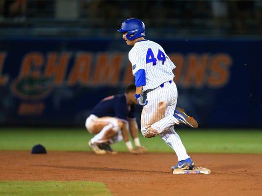 NCAA_Auburn_Florida_Baseball_44130.jpg