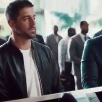 Rodgers, Matthews check in with new State Farm commercial
