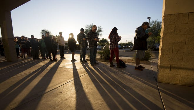 Shoppers line up for Black Friday shopping at Best Buy at 8290 W Bell Rd. in Glendale on Friday, Nov. 25, 2016.