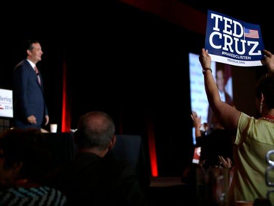 GOP 2016 Two Texans_Redm.jpg