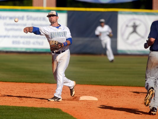 UWF vs Lee Gulf South Conference Baseball 4