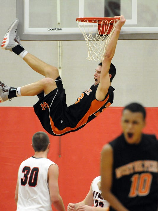 GPG_ES_West De Pere vs. Seymour basketball_1.15.13