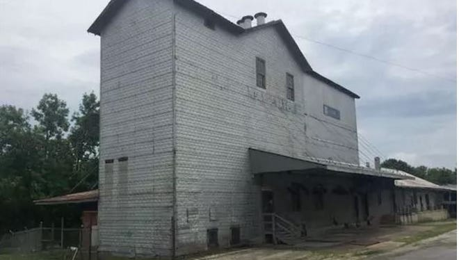 Answer Man: There was activity in December at the Ozark Mill. Has Johnny Morris finally started developing the property?