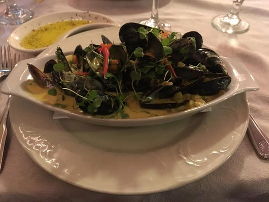 The mussels in saffron sauce is one of the most popular