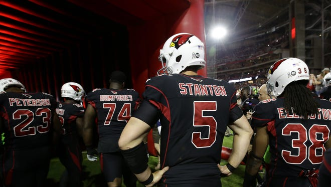 Arizona Cardinals quarterback Drew Stanton waits for player introductions before playing the Seattle Seahawks in the first half on Nov. 9, 2017 at University of Phoenix Stadium in Glendale, Ariz.