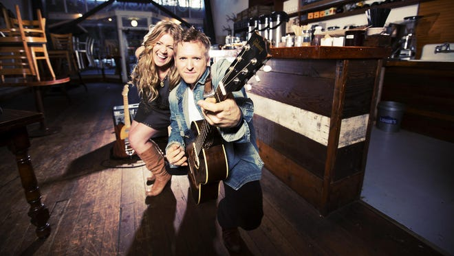 Americana duo Skybound Blue kicks off the Arcane Cellars Music on the Willamette series on June 12.