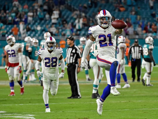 Buffalo Bills free safety Jordan Poyer (21) celebrates
