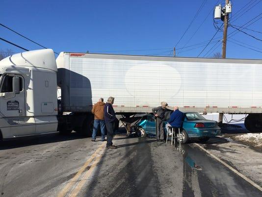ELM_012815_truckcrash1_prov.jpg