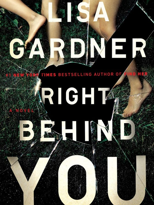 636205286768246577-Lisa-Gardner-Right-Behind-You-9780525954583.jpg