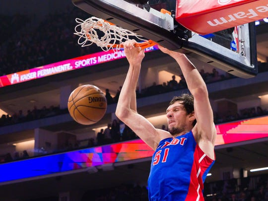 Pistons center Boban Marjanovic dunks the ball against the Kings during the second quarter of the Pistons' 100-94 loss Tuesday, Jan. 10, 2017 in Sacramento, Calif.