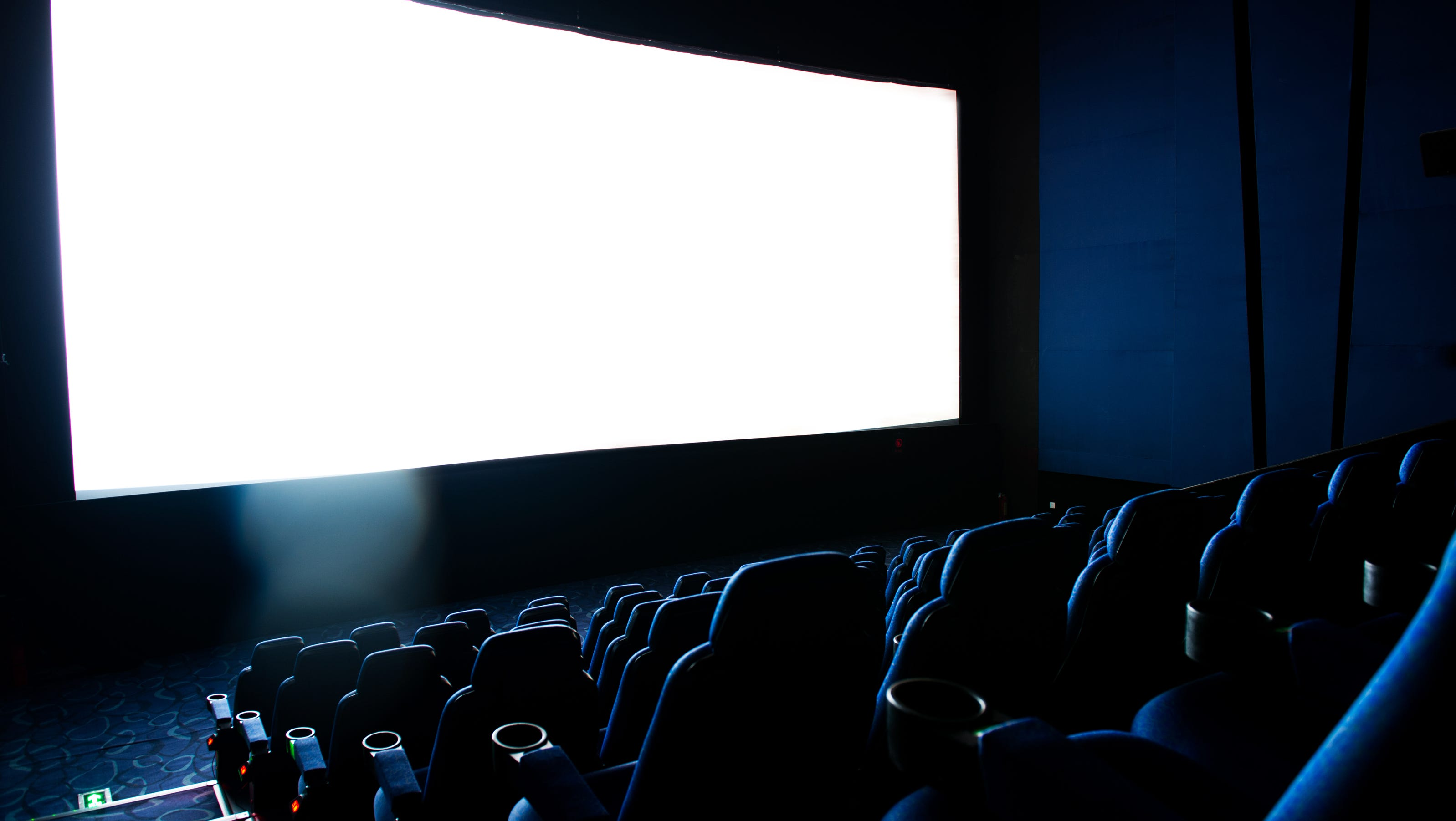 2 Edwards Theaters Out Luxury Movie Theater In The Orange County Register