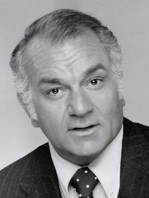 """Robert Mandan (seen in 1977) starred in the ABC sitcom """"Soap"""" from 1977 to 1981."""