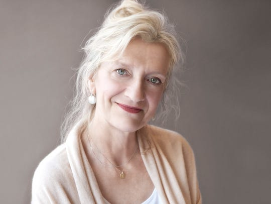 Author Elizabeth Strout.