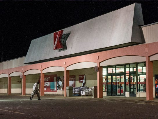 Kmart on Wayne Road at Cherry Hill Road is reported