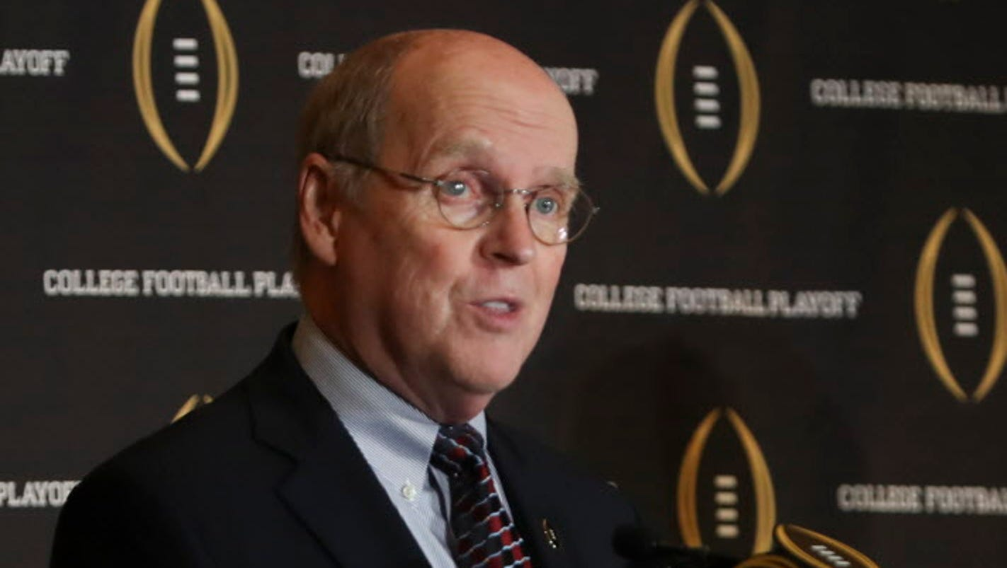How College Football Playoff and bowl game system mix socialism, capitalism