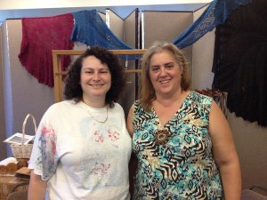 Here I am with Arlene at the North Jersey Fiber Arts Festival in the demo area of the Palisades Spinners and Weavers Guild.