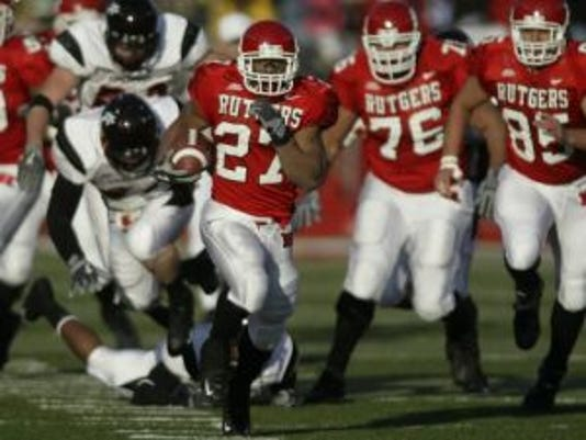 Before he became Rutgers' all-time leading rusher, Ray Rice topped the 1,000-yard mark as a surprise impact freshman with runs like this one against Cincinnati.(Photo: File photo)