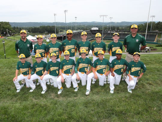 The Sioux Falls Little League team poses for a photo