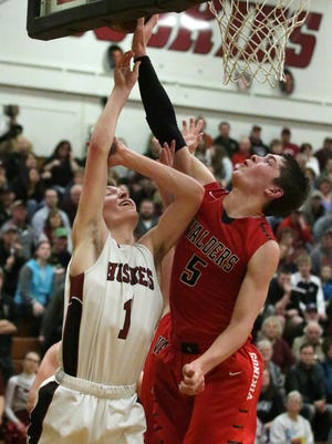 Valders' Kyle Tuma (5) is among the favorites to win the Eastern Wisconsin Conference Player of the Year award this season.