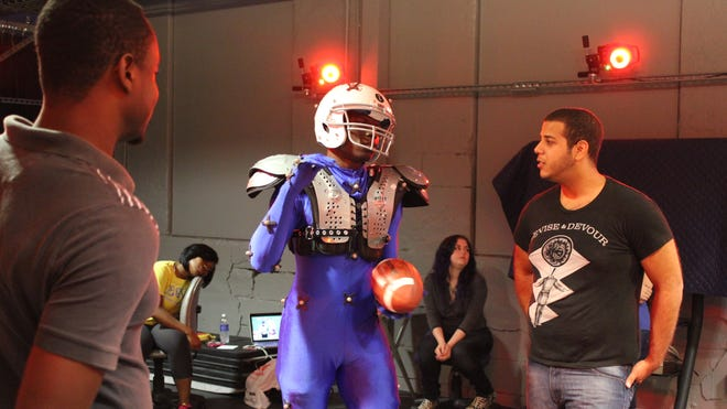 The student-made graphic intro for the Super Bowl includes motion-capture technology.