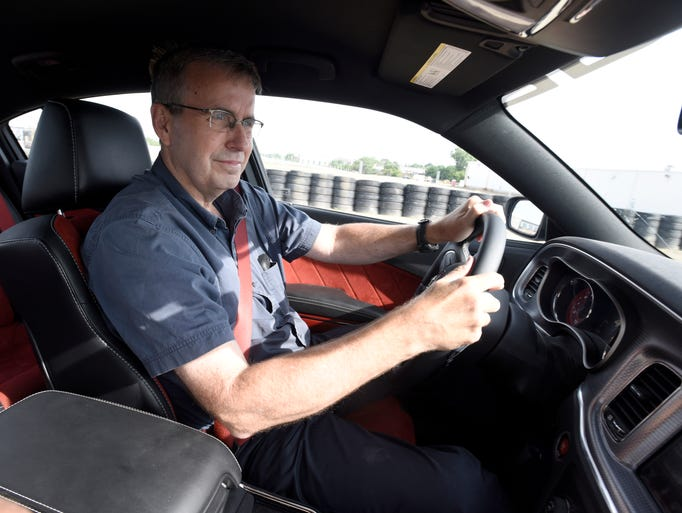 Detroit News auto critic Henry Payne drives a Dodge