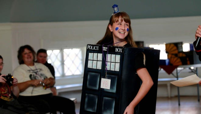 The costume contest returns this year to RoberCon, a science fiction and pop culture convention at Roberson Museum and Science Center on Sept. 30 and Oct. 1