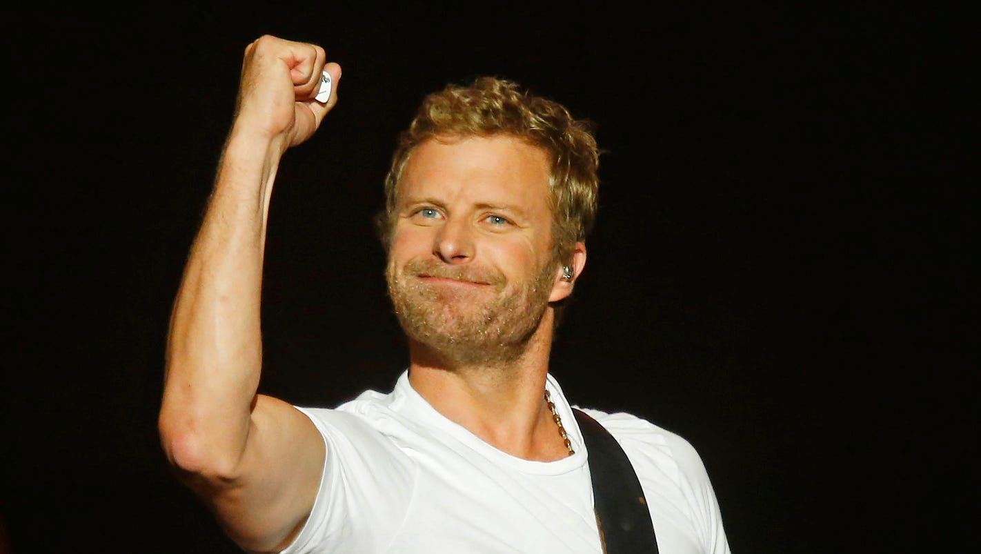 First Listen Dierks Bentley S Hold The Light From Only