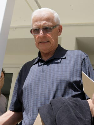 Ottawa Senators general manager Bryan Murray walks out of a conference room in Boca Raton, Fla., on Monday, March 16, 2015.