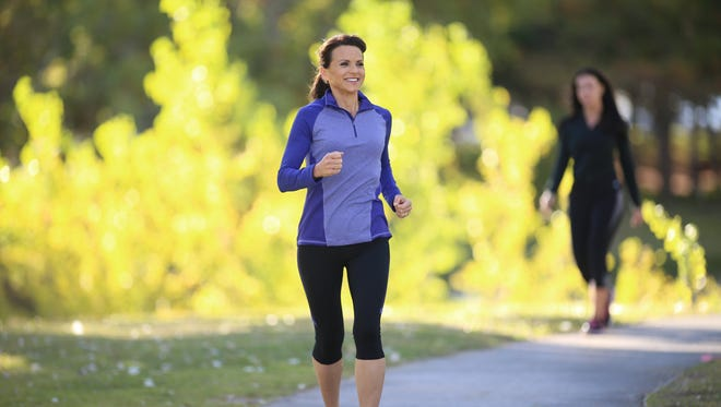 Studies show that early weight loss is a predictor of long-term success. Look for programs that keep you motivated.