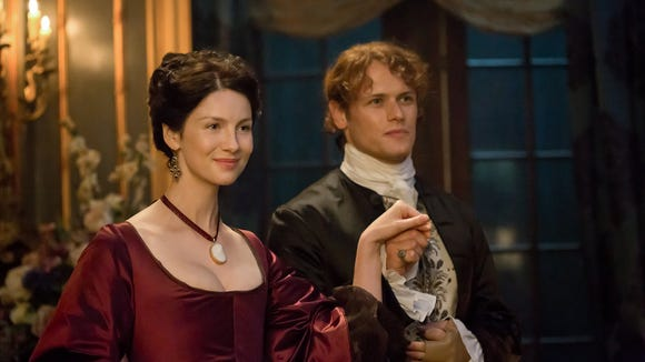 Claire (Caitriona Balfe) and Jamie (Sam Heughan) take