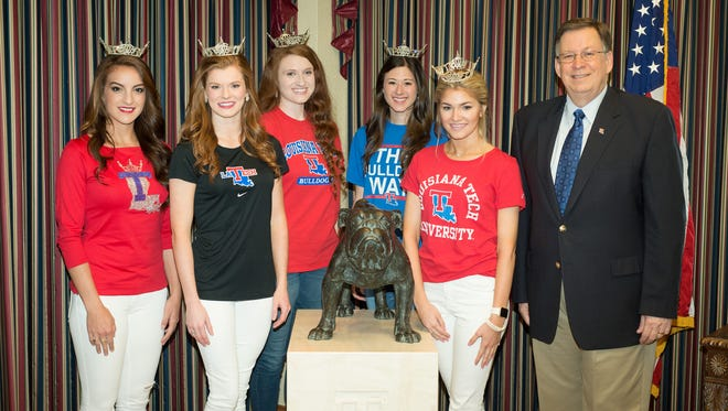 Rachel Vizza-Miss Louisiana Tech University, Eva Edinger-Miss Union Parish, Ana Deloach-Miss Cane River, Anna Blake-Miss Dixie Gem Peach, Kelsey Wilkes-Miss CenLa, Dr. Les GuiceDr. Guice with 2016 Miss Louisiana Contestants, Friday, 05/13/2016, Wyly Tower 16th Floor, Ruston, LA, Louisiana Tech University, (photo by Donny J Crowe), Copyright:Louisiana Tech University.All Rights Reserved.(dcrowe@latech.edu) 318-257-4854