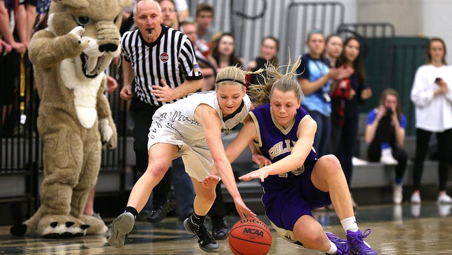 Fossil Ridge and Fort Collins have a girls/boys basketball doubleheader Tuesday at Fort Collins. The games can be watched at Coloradoan.com.