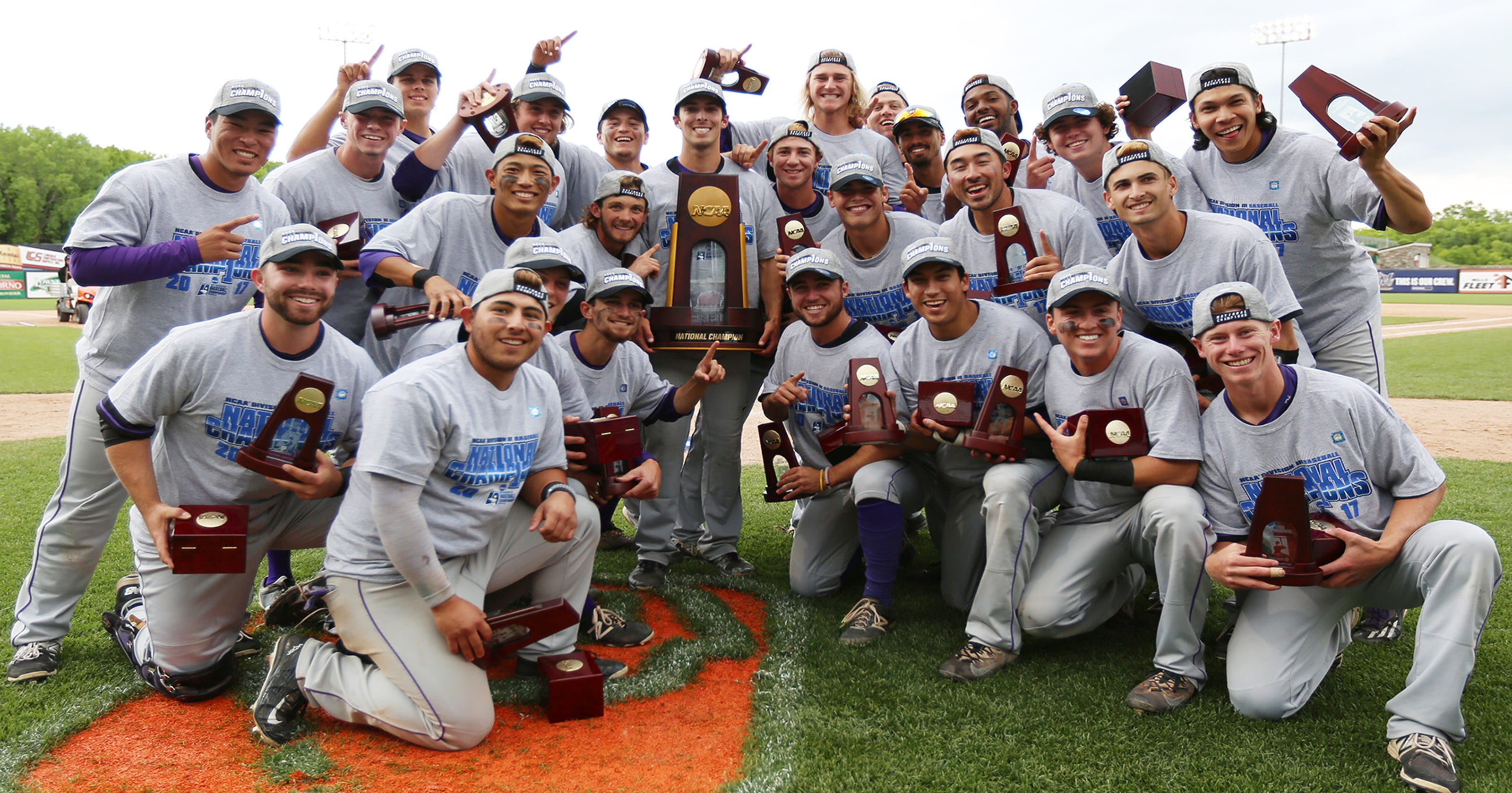Cal Lutheran wins Division III College World Series title
