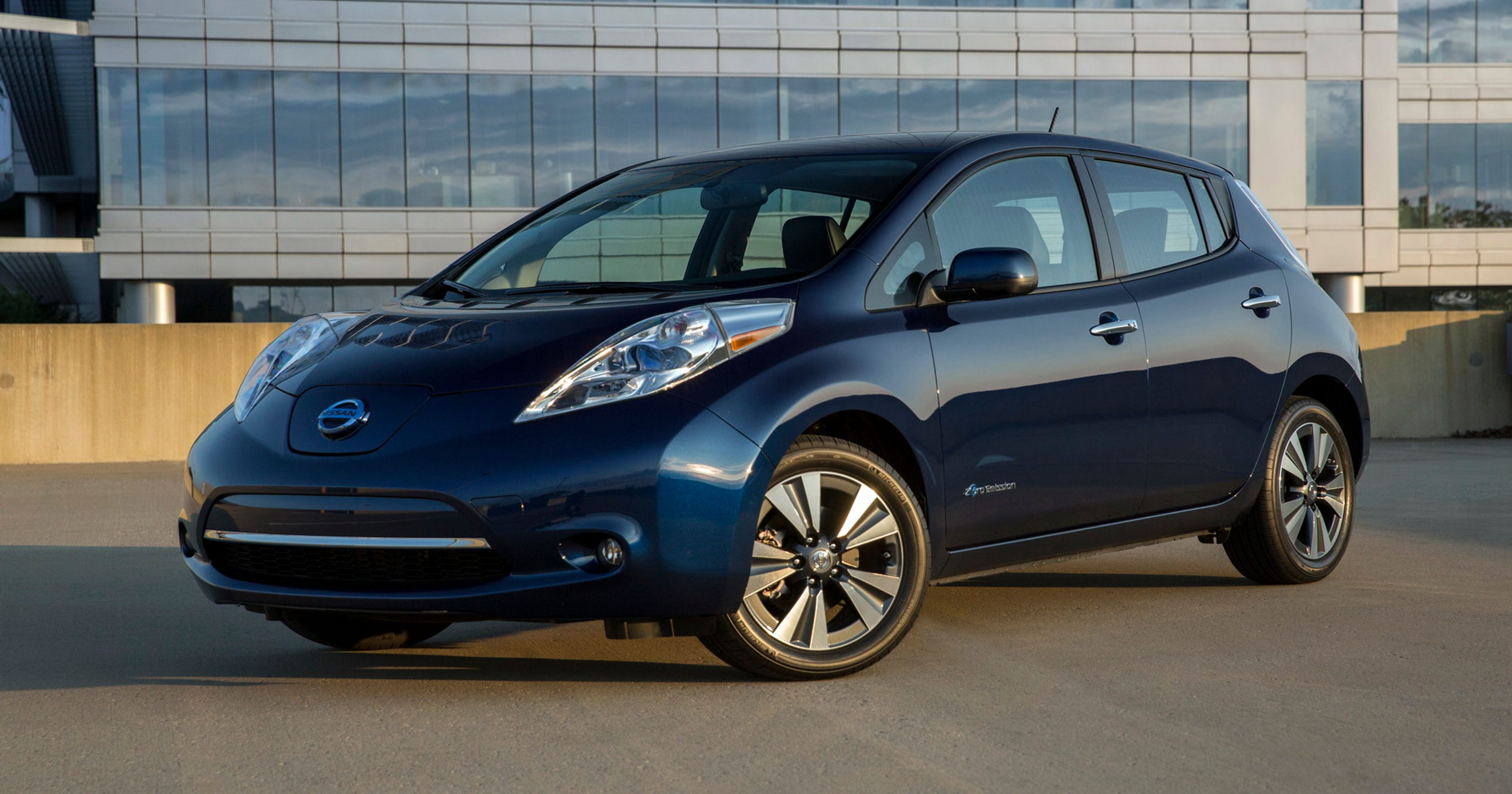 2017 Nissan Leaf Electric Environmentally Friendly Everyday Vehicle