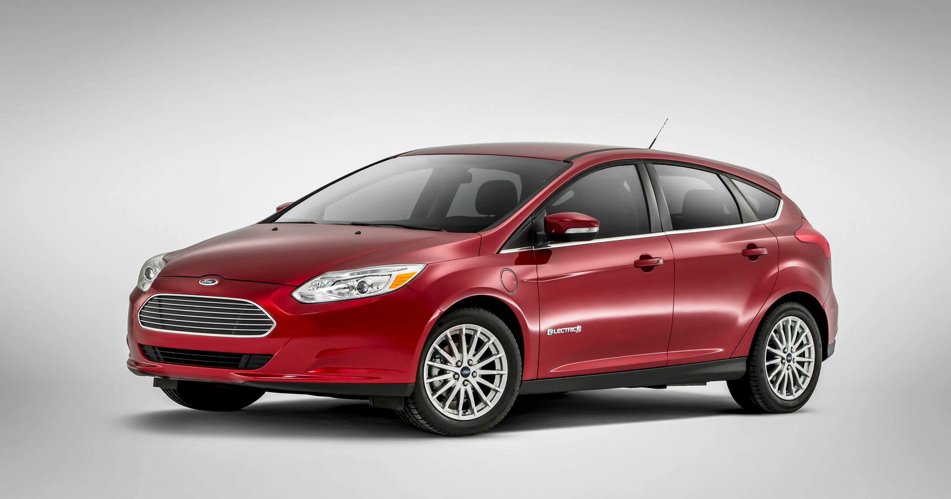 2017 Ford Focus Electric Hatchback Is The Greenest Choice