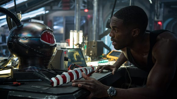 Black Manta (Yahya Abdul-Mateen II) isn't the primary