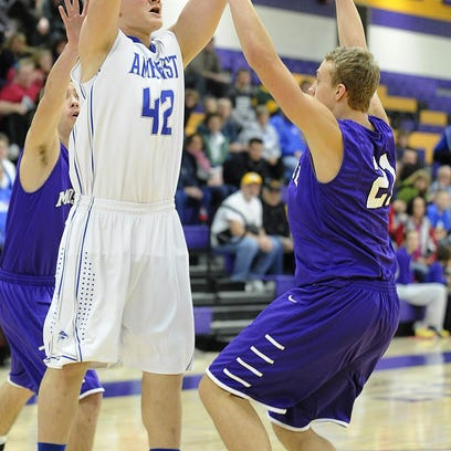 Amherst's Tyler Biadasz had 19 points in the Falcons win Thursday.