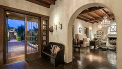 Former child star Frankie Muniz is selling his Phoenix