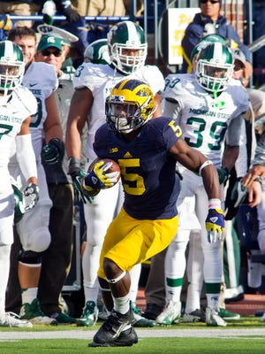 Michigan defensive back Jabrill Peppers rushes in the second quarter against Michigan State in Ann Arbor on Oct. 17.