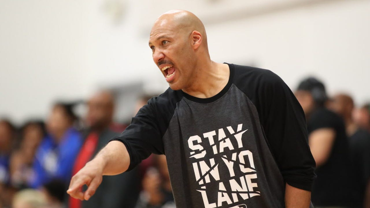 LaVar Ball addressed his Big Ballers during their game against the Compton Magic.