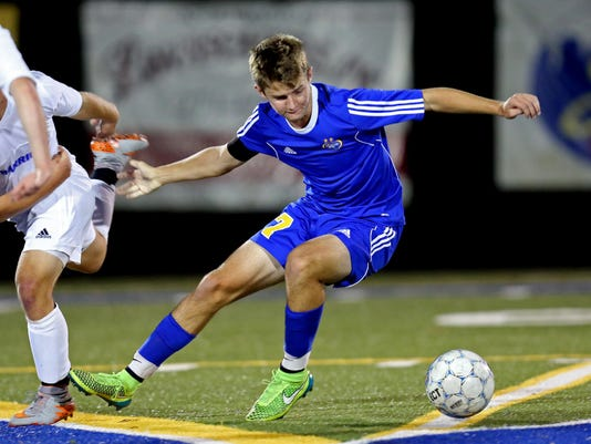 Madeira at Mariemont Boys Soccer