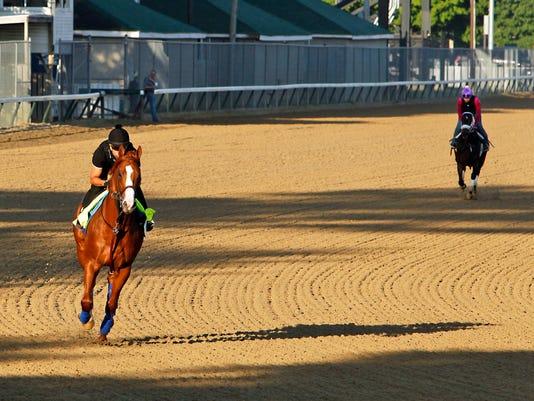 Triple_Crown_Horse_Racing_39624.jpg