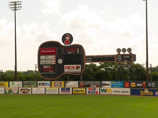 -greer stadium scoreboard.jpg_20130711.jpg