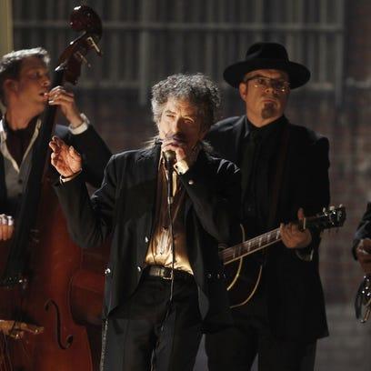 Nobel academy member calls Dylan's silence 'arrogant'
