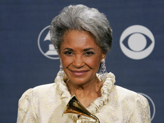 Nancy Wilson poses with her award for best jazz vocal