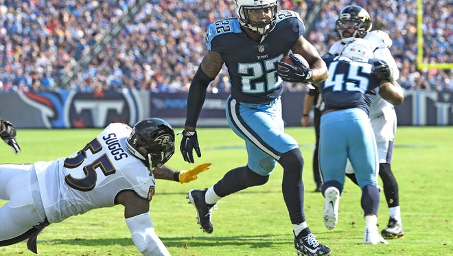 Titans running back Derrick Henry (22) goes in for a touchdown late in the second quarter at Nissan Stadium Sunday, Nov. 5, 2017 in Nashville, Tenn.