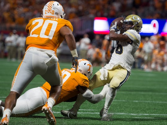 Georgia Tech quarterback TaQuon Marshall (16) makes